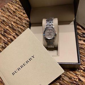 Classic timepiece by Burberry, BU1351